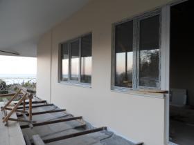 Утепление фасада здания полистиролом .отделка наружной шпаклевкой ct225